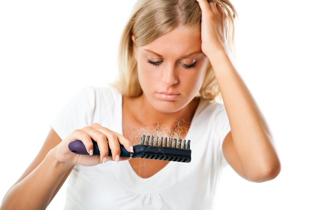 От чего выпадают волосы у беременных 56