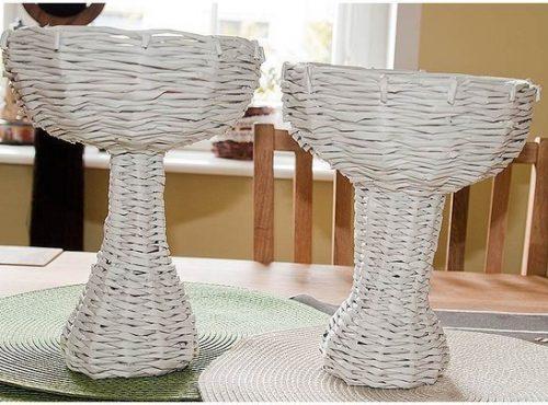 Плетем вазочку из газетных трубочек7