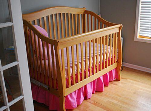 Подзор для детской кроватки