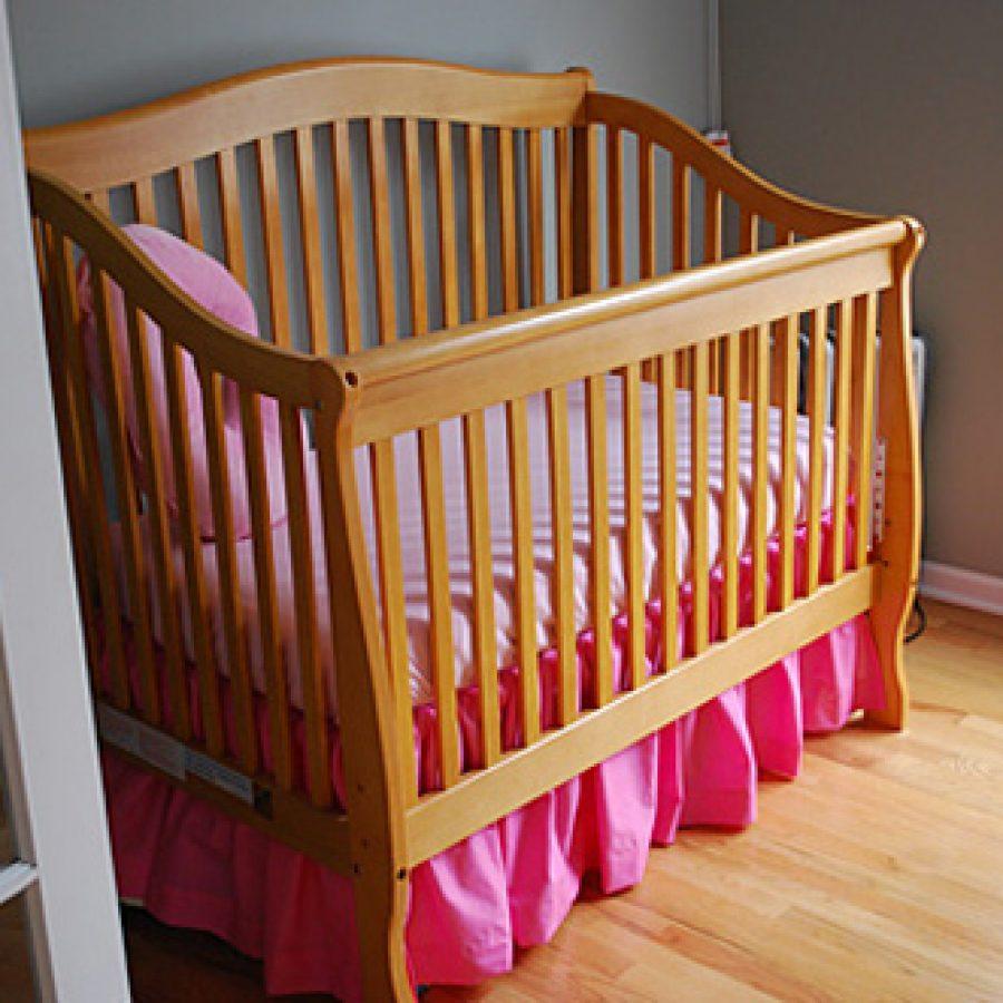 Подзор на детскую кровать своими руками