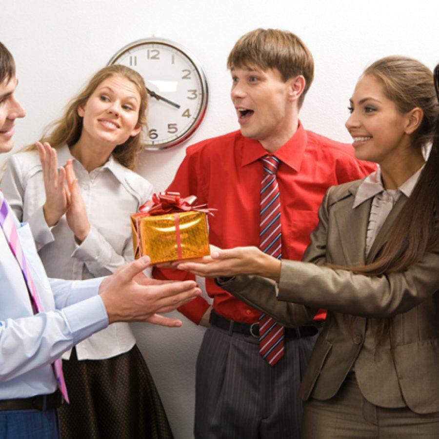 Что подарить коллегам по работе - идеи 77