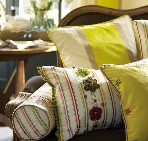 Декоративные подушки в интерьере 1