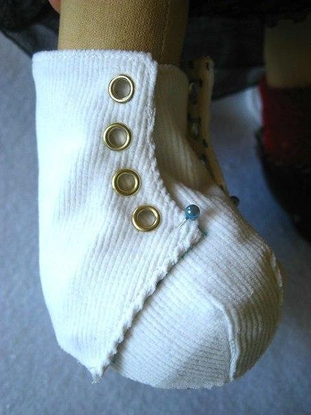 Ботинки для куклы.